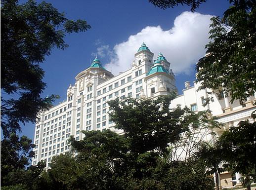 ウォーターフロントセブシティーホテル